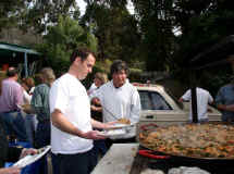 Mark's Paella Party 1-18-04 012rs.jpg (61984 bytes)